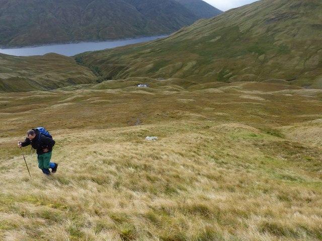 Down into Coire nan Aighean