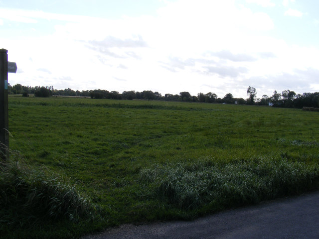 Footpath to Mill Road