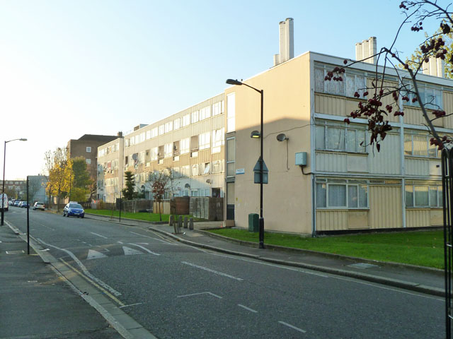 Flats on Houseman Way, SE5