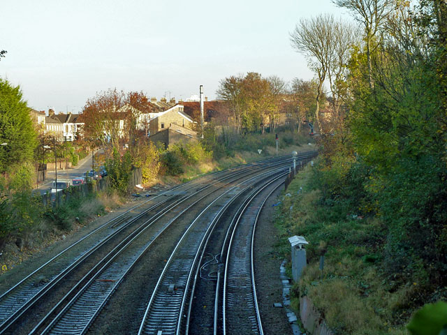 Railway east of Grove Tunnel