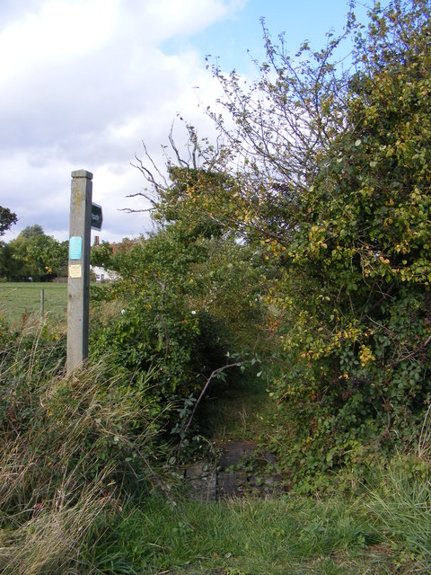 Footpath off Low Street