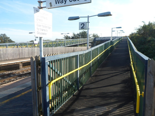 Long ramp up to the footbridge, Cam & Dursley railway station