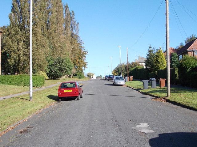 Lingfield Gate - Lingfield Road