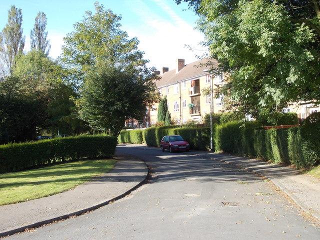 Lingfield Crescent - Lingfield Gate