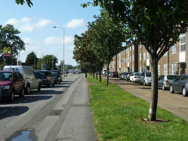 Whalebone Lane South - the pedestrian view