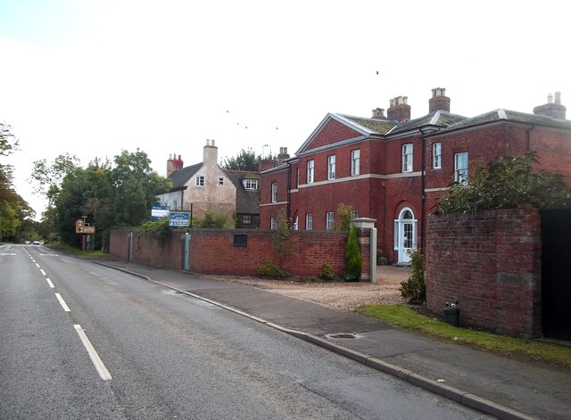 Overseale House on Acresford Road