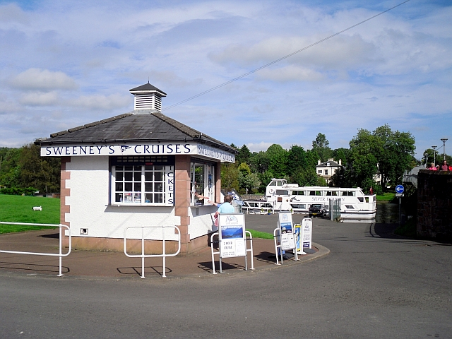 Ticket office for Sweeney's Cruises