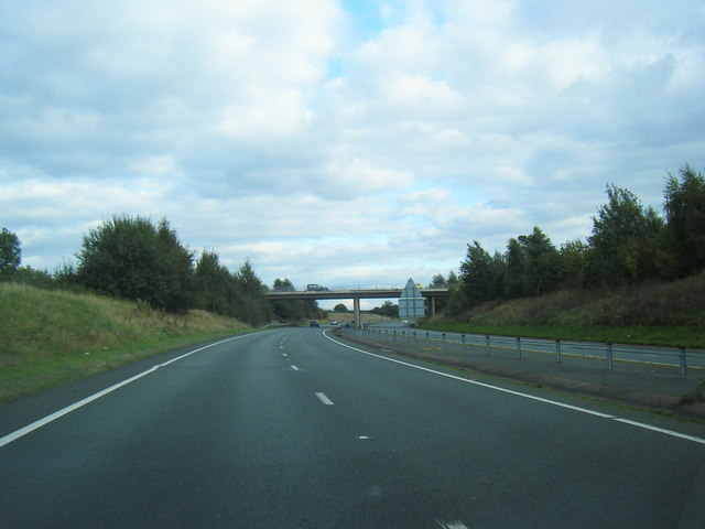 A500 approaching Main Road overbridge