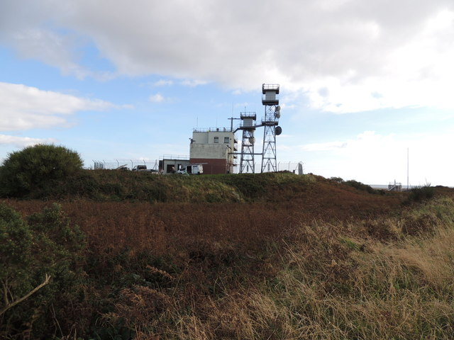 Building next to the Mull of Galloway Trail