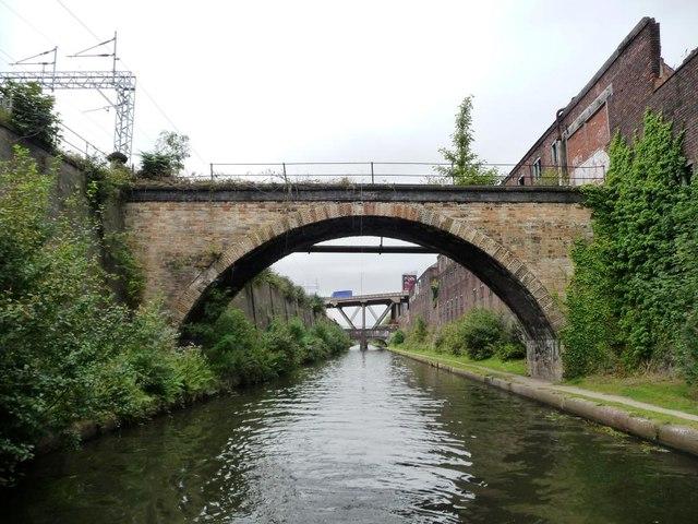 Bridge to nowhere, New Main Line
