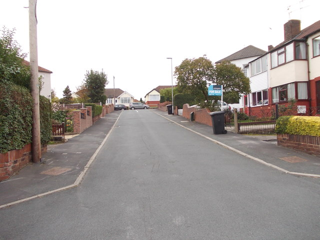 Southleigh Gardens - looking towards Southleigh Road