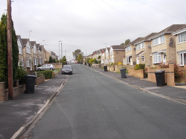 Southleigh Road - looking towards Gipsy Lane