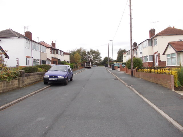 Southleigh Drive - looking towards Gipsy Lane