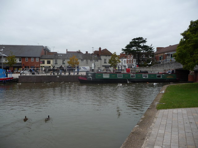 Part of the canal basin in Stratford-upon-Avon
