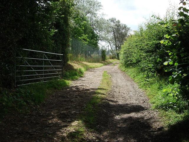 Driveway to Bramcote Fields Farm