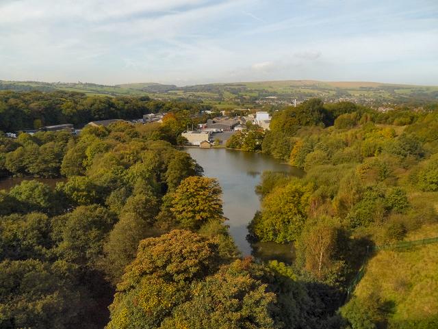 Reservoir, Dinting Vale