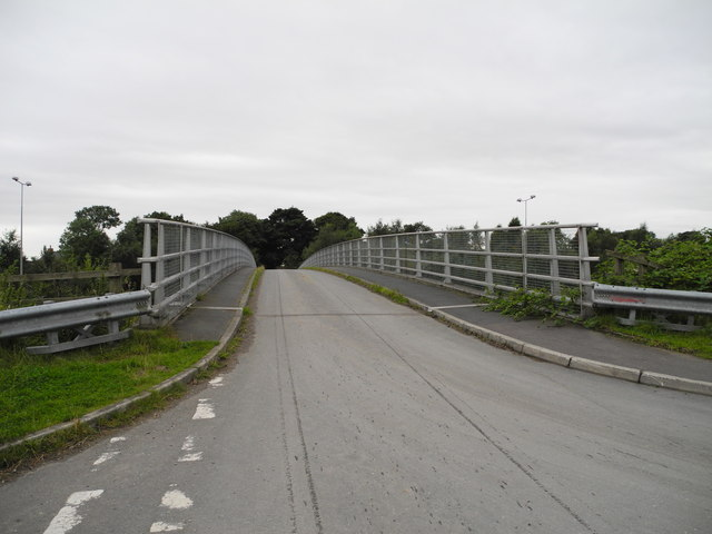 Back Lane Bridge over the M60 (2)