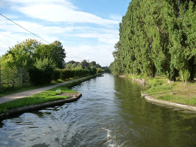 Pair of narrows, Worcs &amp; B'ham Canal