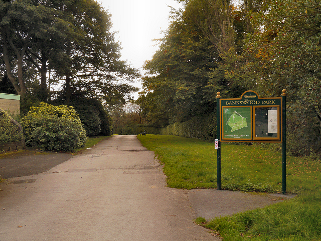 Hadfield, Bankswood Park