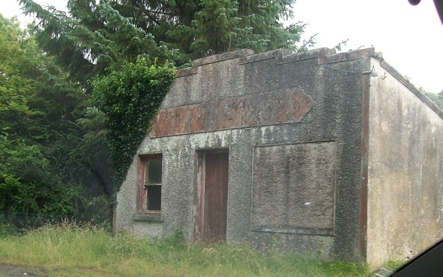 Disused shop building at the western end of Lough Sillan