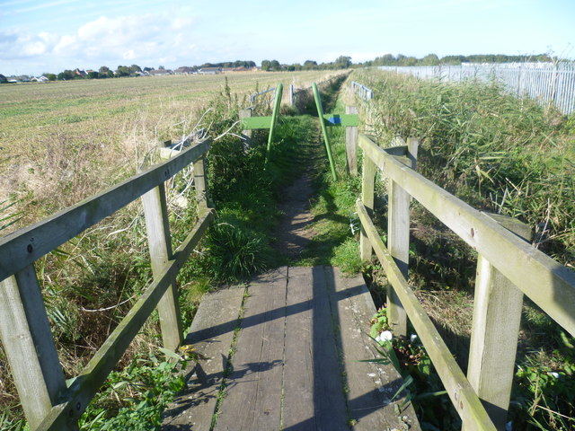 Footpath off Seaholme Road