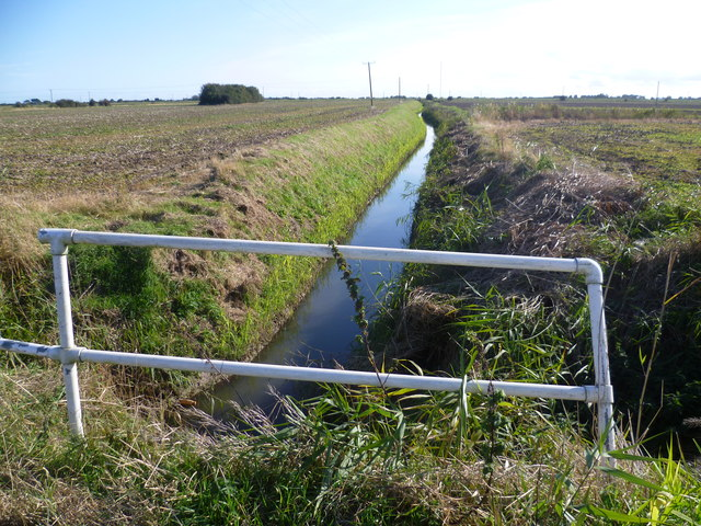 Drainage ditch seen from Seaholme Road