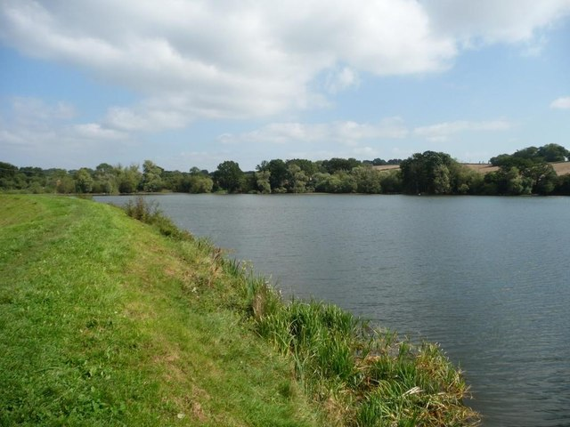 Tardebigge Reservoir embankment