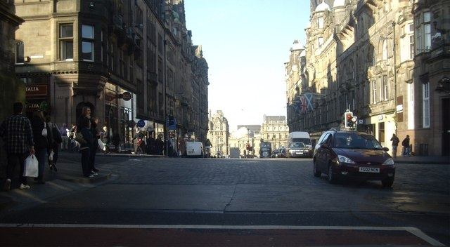 A7 crossroads in Old Edinburgh