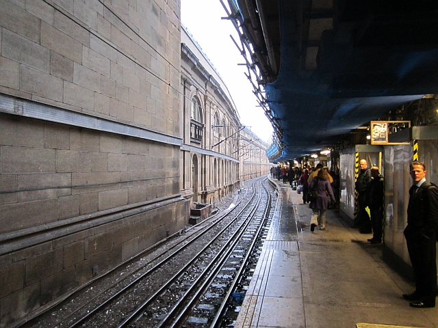 Platform 9, Waverley