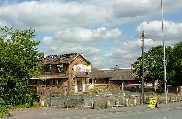 Derelict pub near Springfield, Wolverhampton