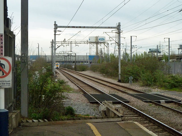 Railway east of Dagenham Dock