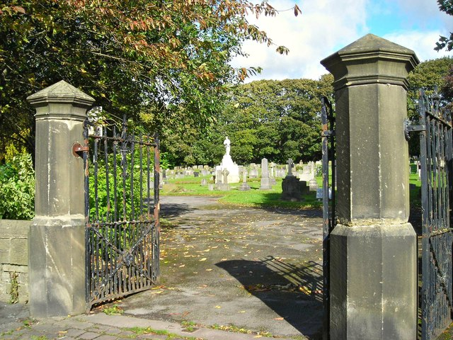 Morton cemetery and war memorial
