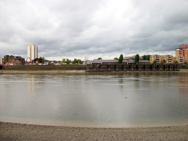 River Thames looking toward Sainsburys Lotts Road