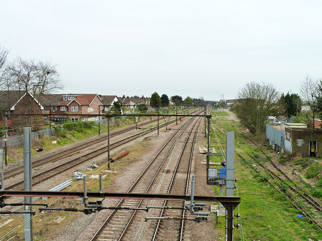 Railway east of Chadwell Heath