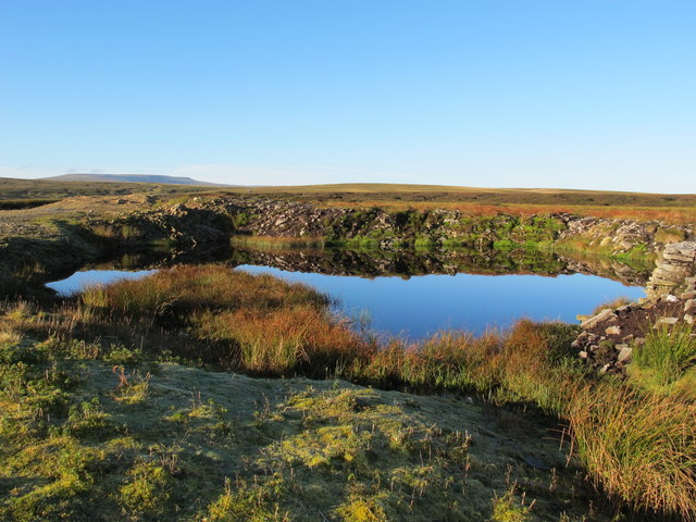 Pond in disused quarry north of Pikeman Hill