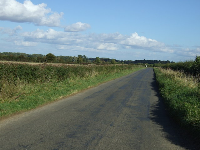 Minor road heading east out of Belmesthorpe
