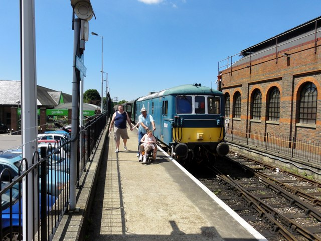 Royal Tunbridge Wells, Spa Valley Railway
