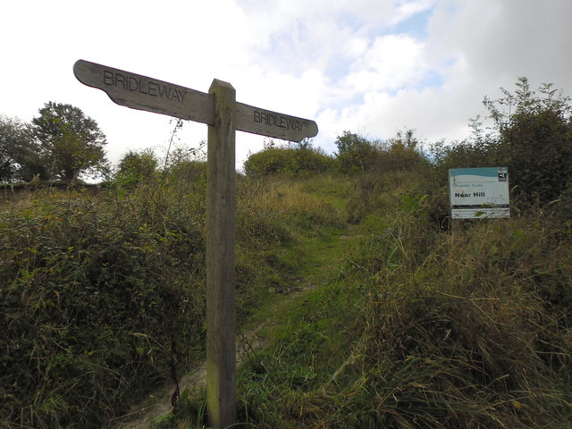 Approaching the summit of Noar Hill