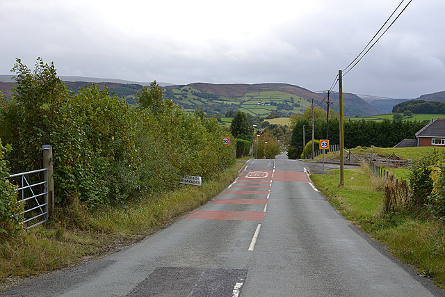 The B4518 entering Rhayader