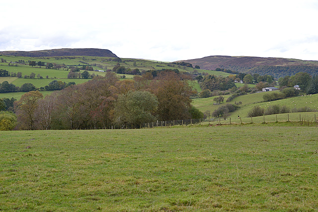 Farmland at the head of the Nant Serth valley