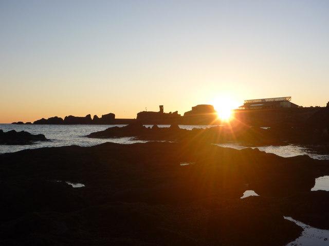 Coastal East Lothian : Sunrise at Dunbar