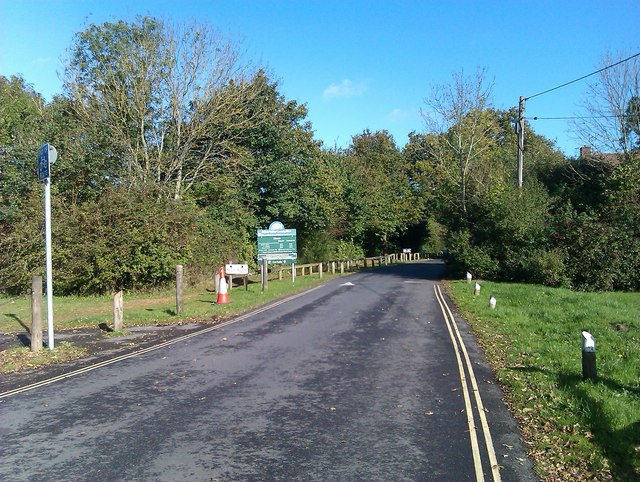 Entrance to Itchen Valley Country Park