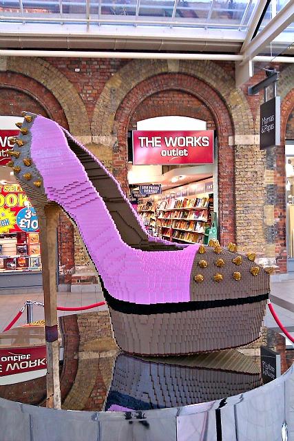 Shoe Stores Southwest Plaza