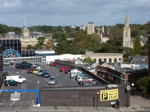 Hitchin Train Station Car Park