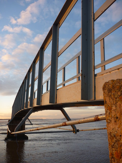 Coastal East Lothian : Steel and Sky at Belhaven