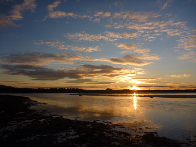 Coastal East Lothian : Biel Water Sunset