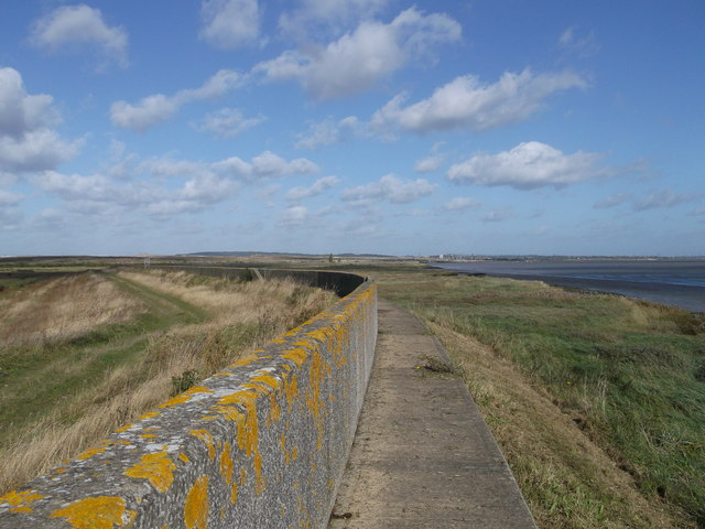 Sea Wall Path to Mucking Marshes