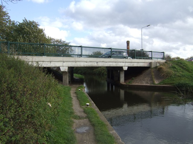 Road Bridge - Chesterfield Canal