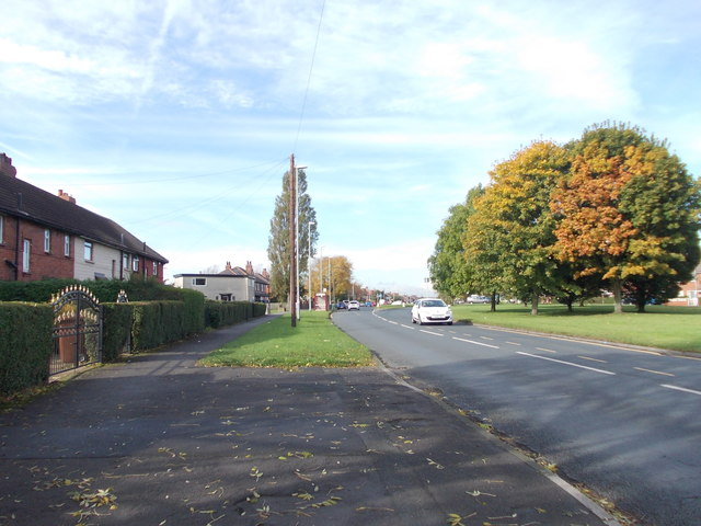 Middleton Park Road - viewed from Middleton Park Grove