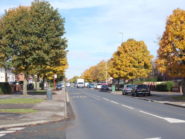 Middleton Park Avenue - viewed from Middleton Park Grove